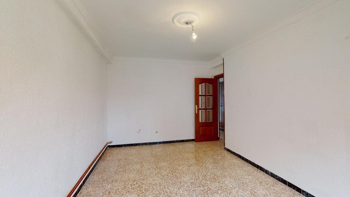 Piso junto a la avenida madrid de 3 dormitorios. - imagenInmueble6