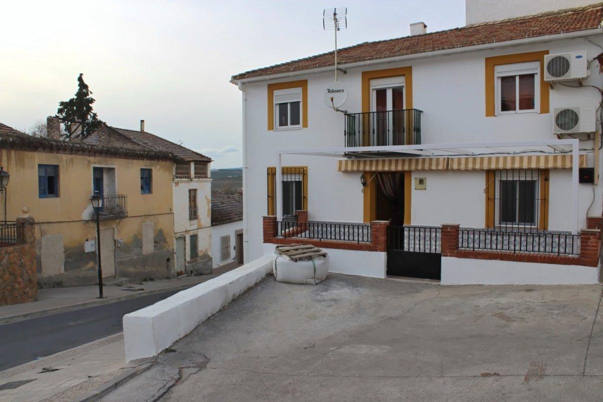 casa en lachar · centro 65000€