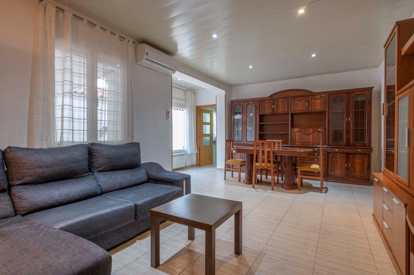 Un buen piso, una buena zona,  a tocar el Centro de Manresa