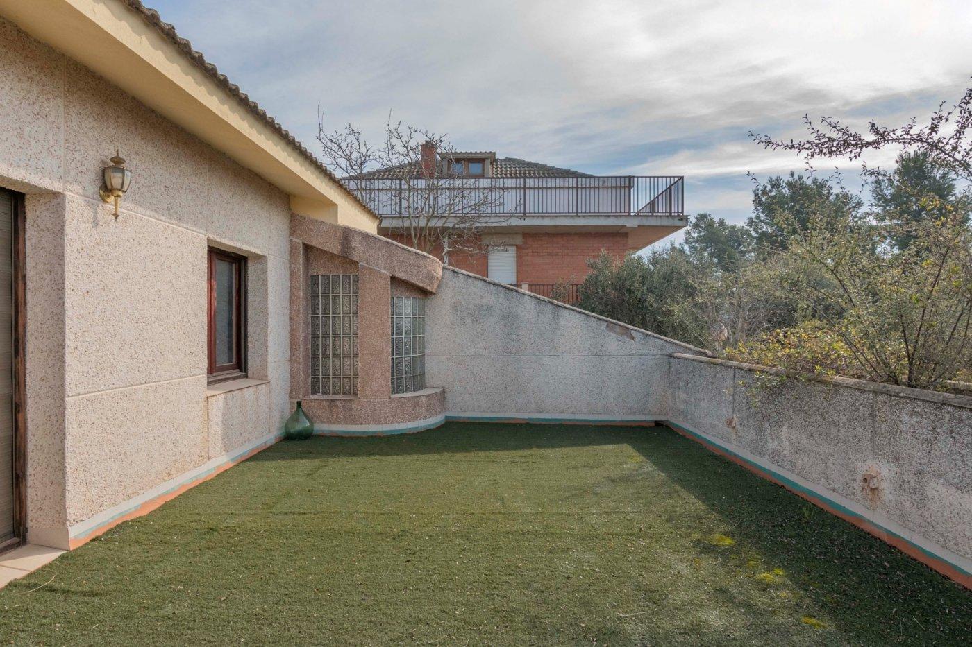 casa en zona el Serrat de Castellnou de Bages con vistas envidiables.
