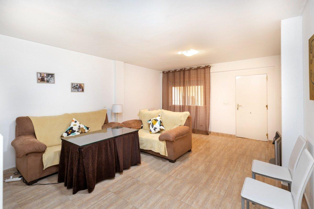 En venta apartamento en el centro de atarfe