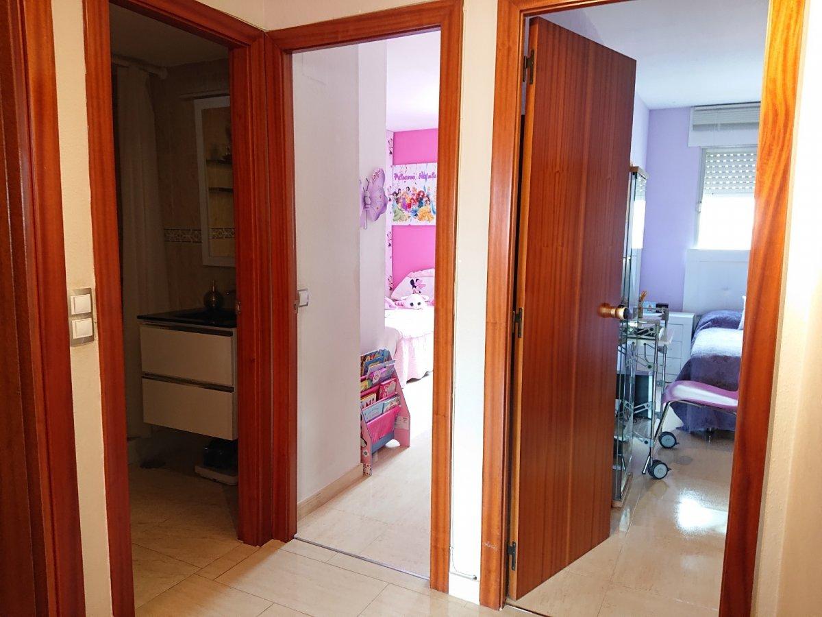 Amplio y luminoso piso en arenal, con acceso peatonal al club nÁutico del arenal - imagenInmueble19