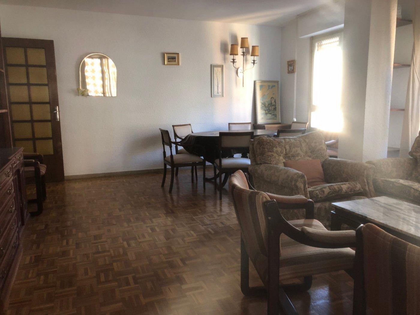 piso en castellon-castello-de-la-plana · *centro 600€
