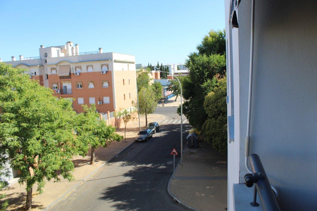 piso en cordoba · poligono-guadalquivir-zona-alta 108000€