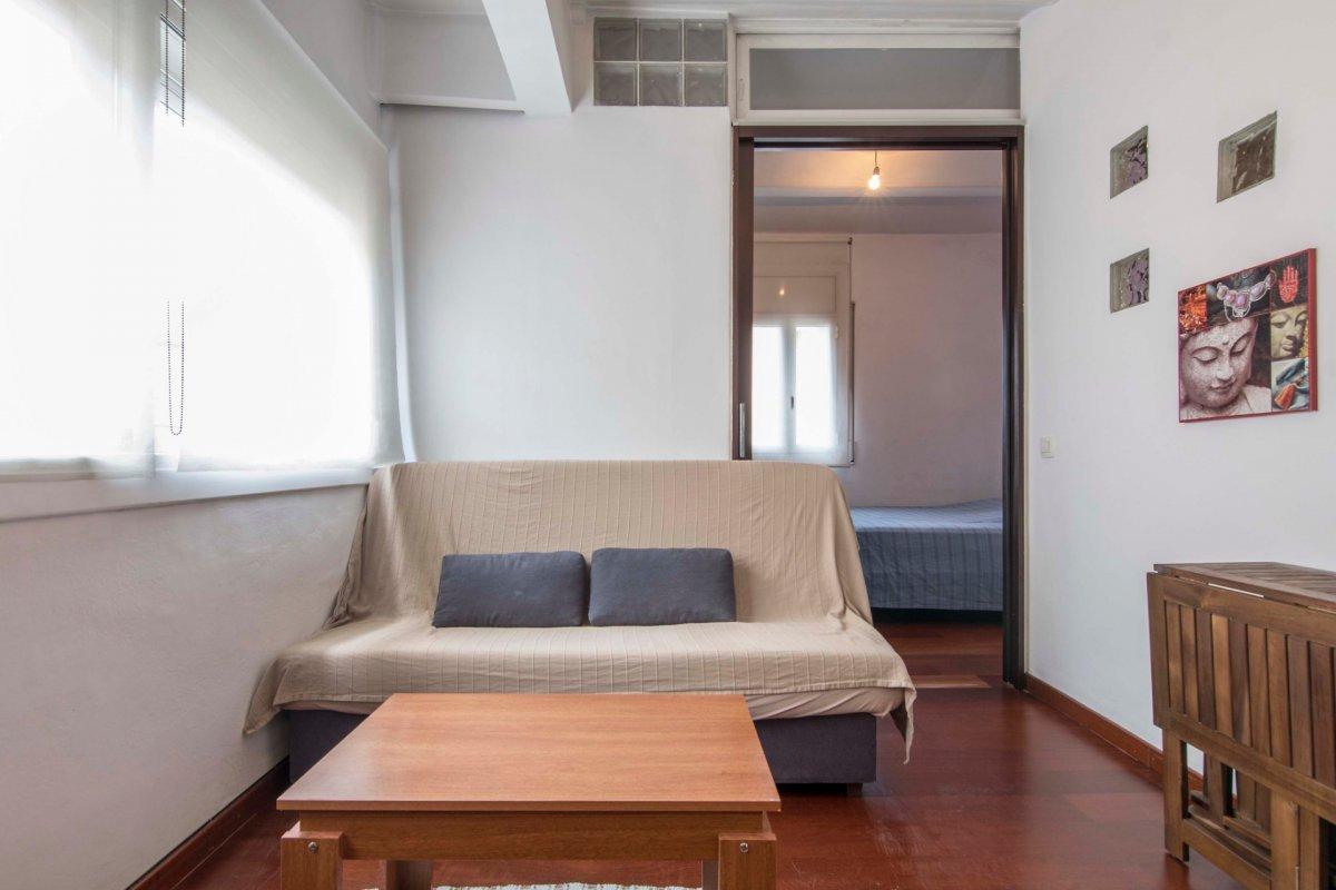 piso en barcelona · la-barceloneta 695€