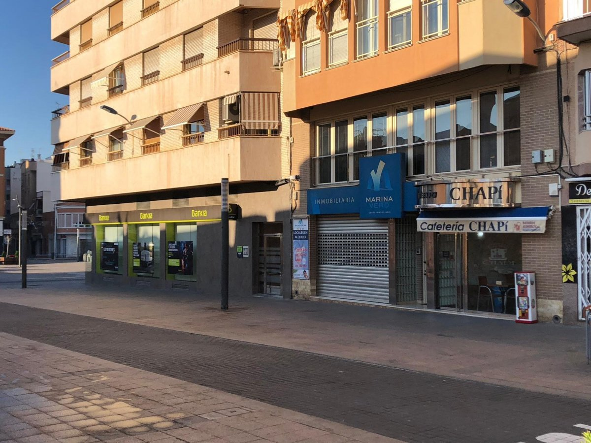 local-comercial en santa-pola · centro 470000€