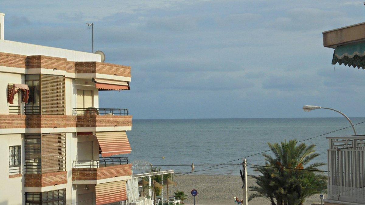 apartamento en santa-pola · gran-playa 92000€