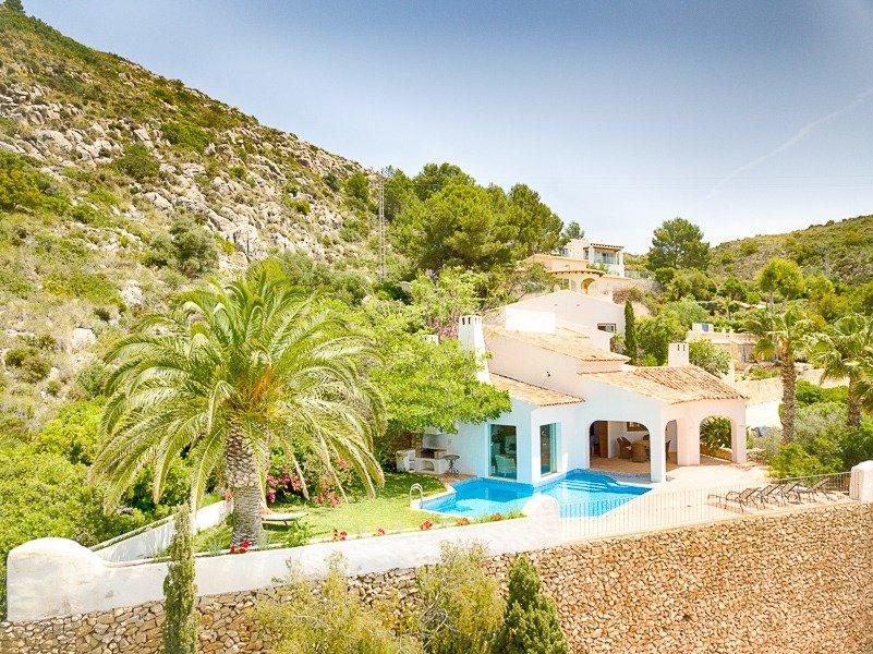 villa en moraira · el-portet 1325000€