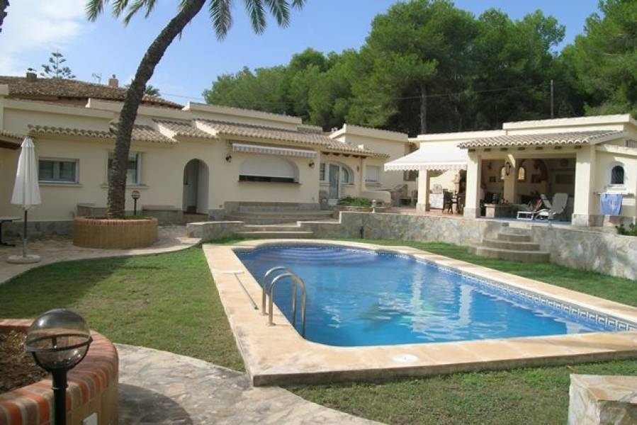 Villa - Ready To Move And Live - Pinar Del Abogat - Moraira