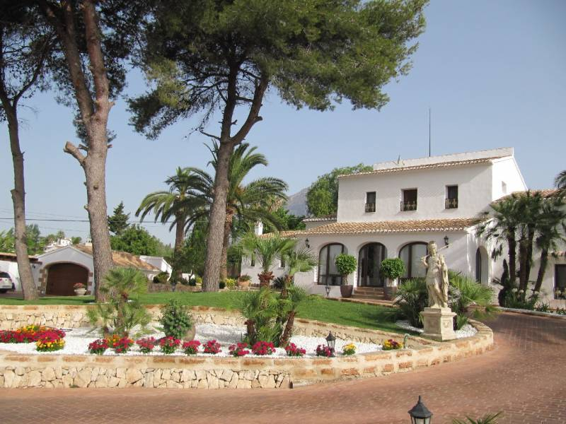 Villa - Ready To Move And Live - Pueblo - Jávea-Xàbia