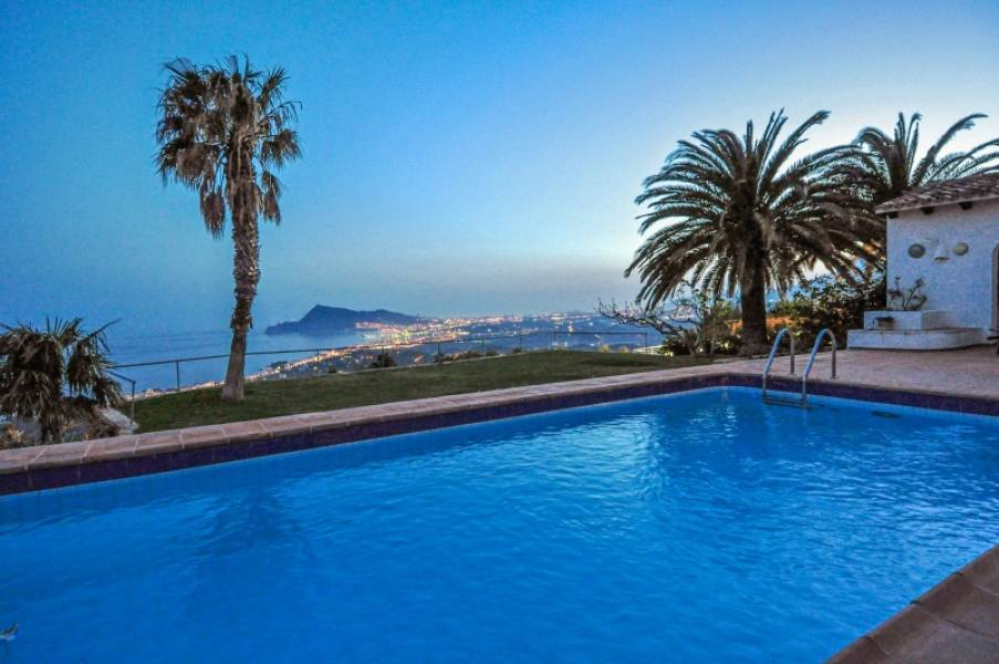 Villa - Ready To Move And Live - Urbanizaciones - Altea