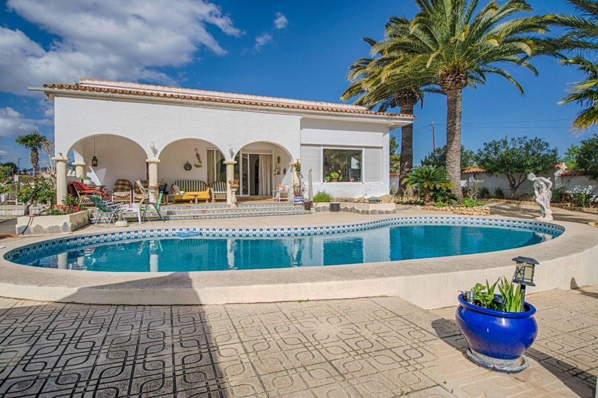 villa en lalfas-del-pi · alfas-del-pi 475000€