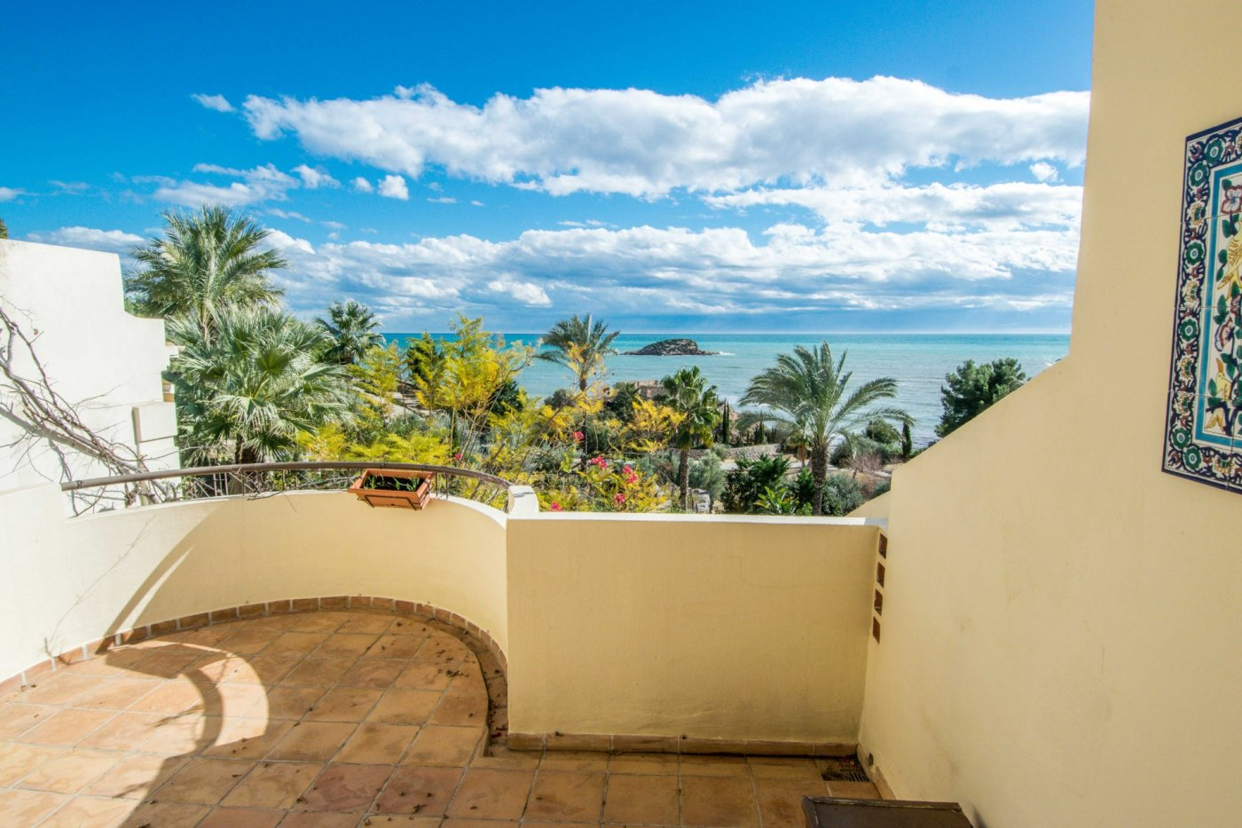 Townhouse - Ready To Move And Live - 1a Linea - Altea