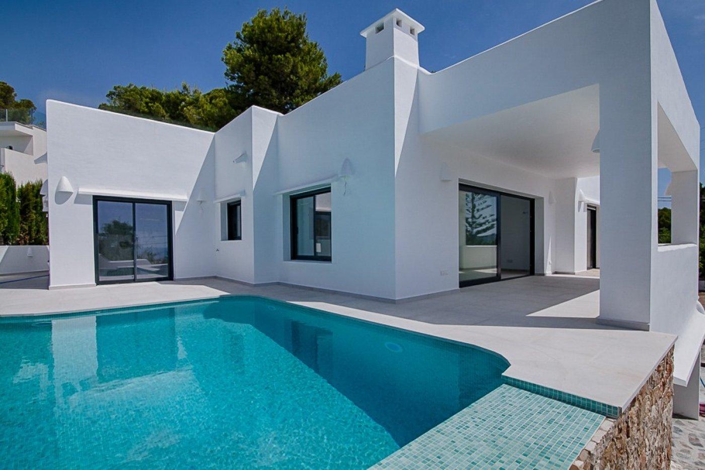 villa en moraira · cometa 750000€