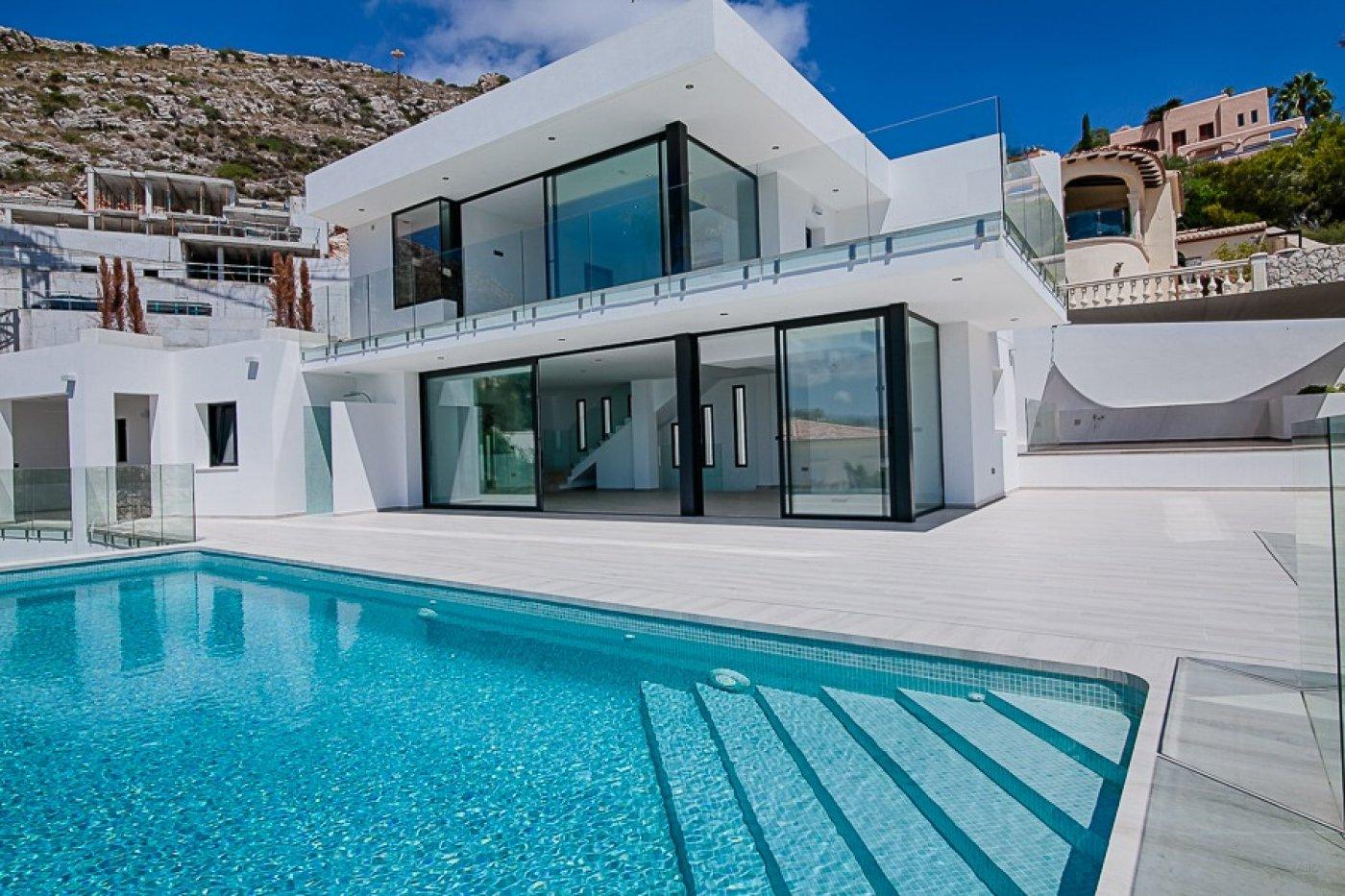 villa en moraira · el-portet 1850000€