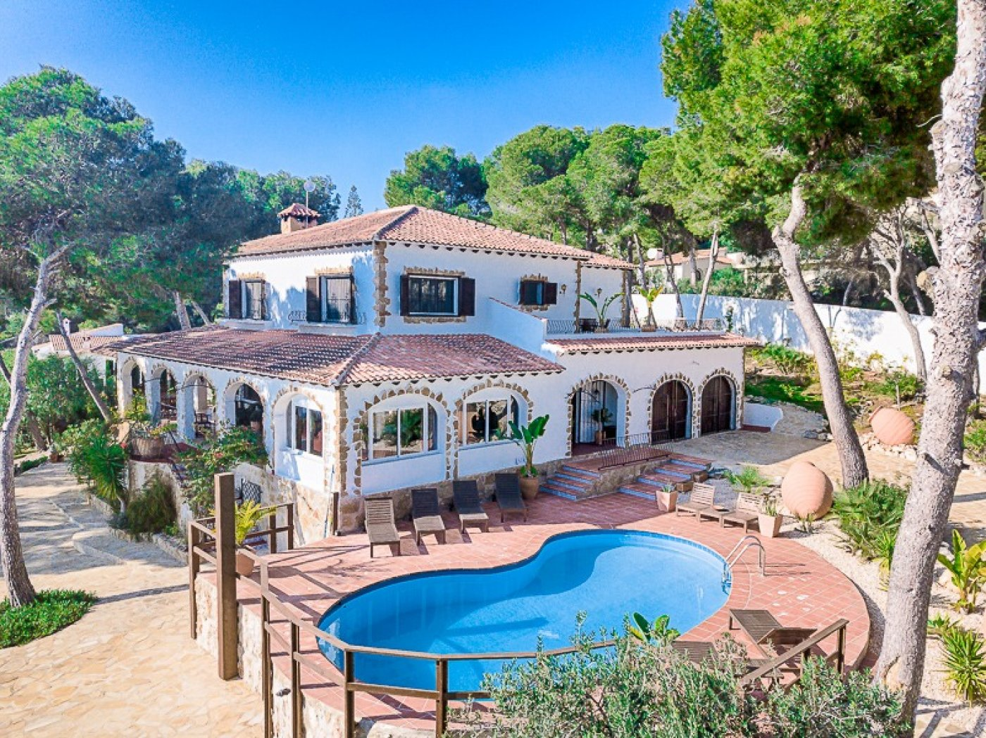 Estate Agents Moraira – Property for sale in Moraira – Country Estate – El Bosque – Moraira