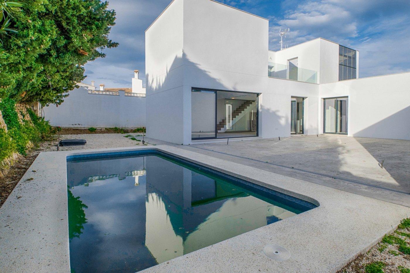 villa en lalfas-del-pi · urbanizacion-alfaz 690000€