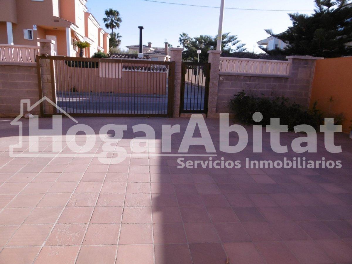 Chalet for sale in Playa almazora, Almazora