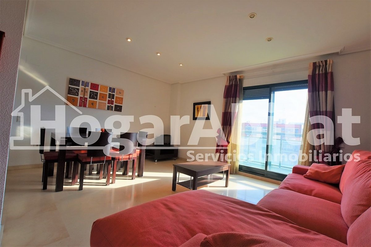 Flat for sale in En Corts, Valencia