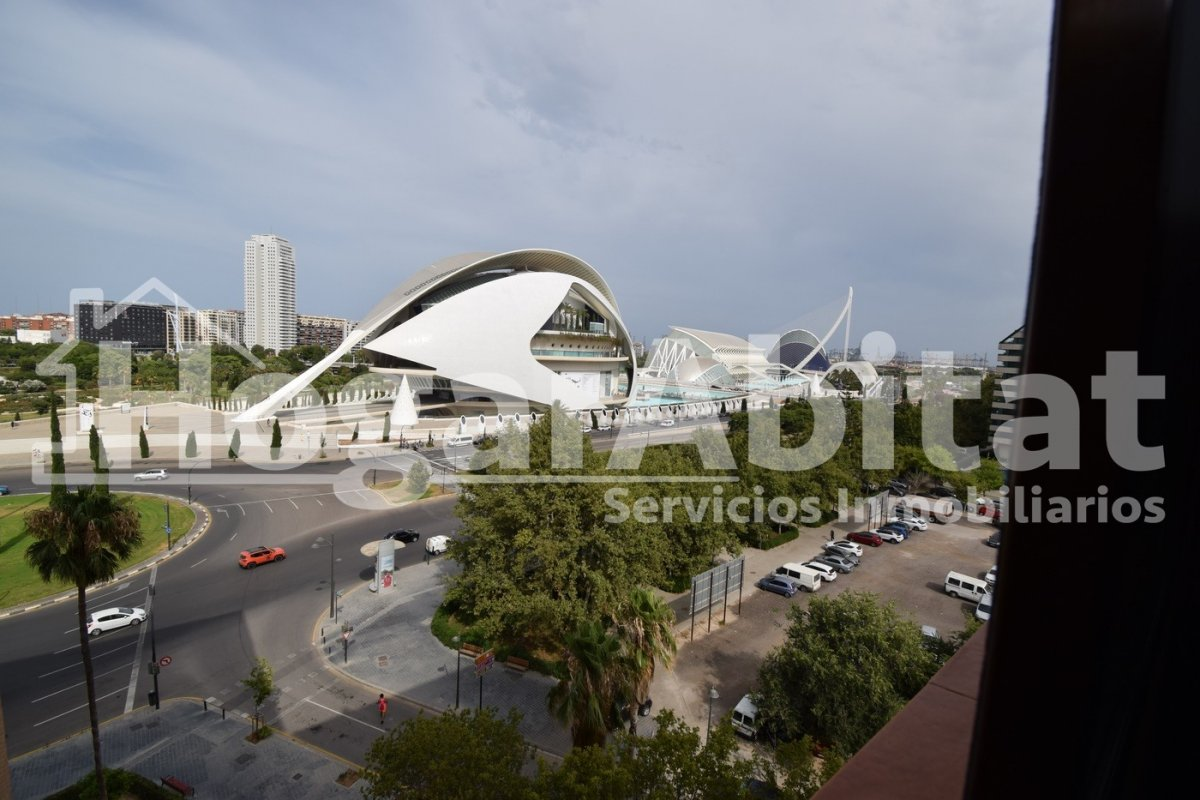 Flat for sale in Malilla, Valencia