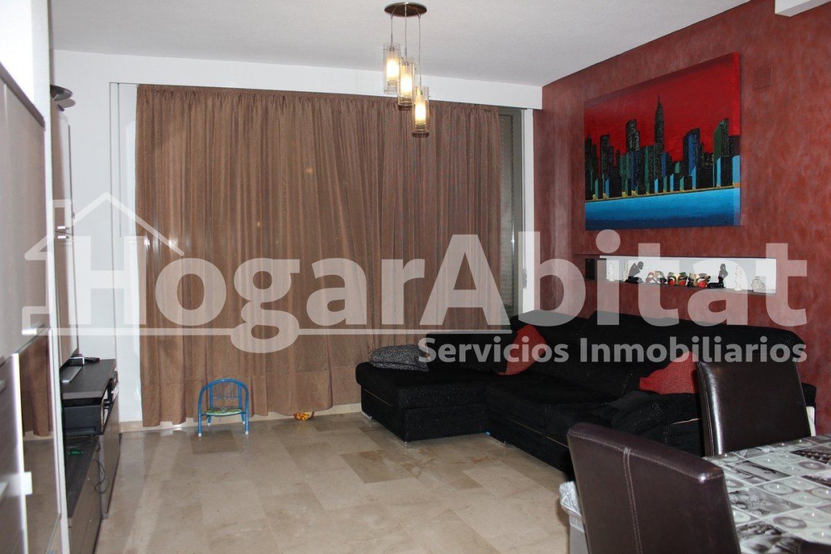 Flat for sale in Parc central, Torrent