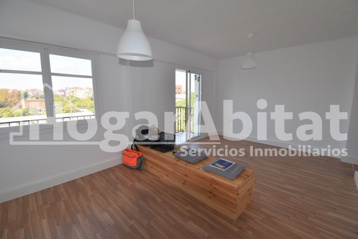 Flat for rent in Playa de la Malvarrosa - La Malvarrosa, Valencia