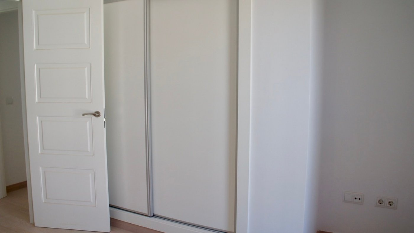 Gallery Image 12 of South facing golf and pool views, 2 bed, 1 bath low community fees.