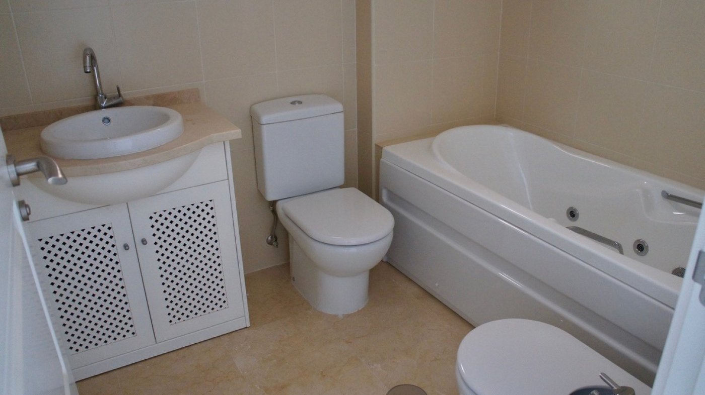 Gallery Image 14 of South facing golf and pool views, 2 bed, 1 bath low community fees.