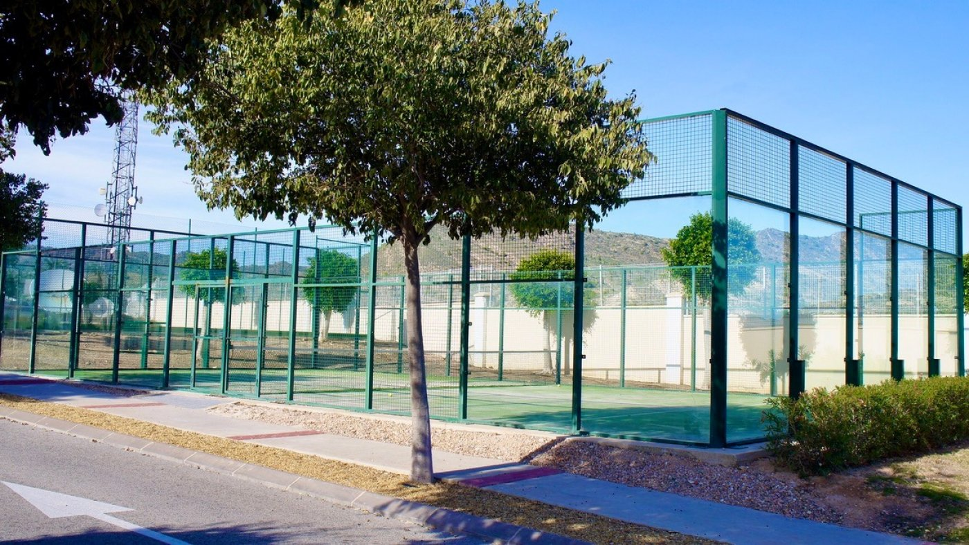 Gallery Image 28 of South facing golf and pool views, 2 bed, 1 bath low community fees.