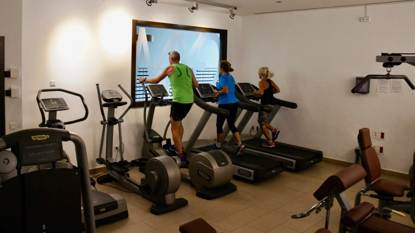 Gallery Image 29 of South facing golf and pool views, 2 bed, 1 bath low community fees.