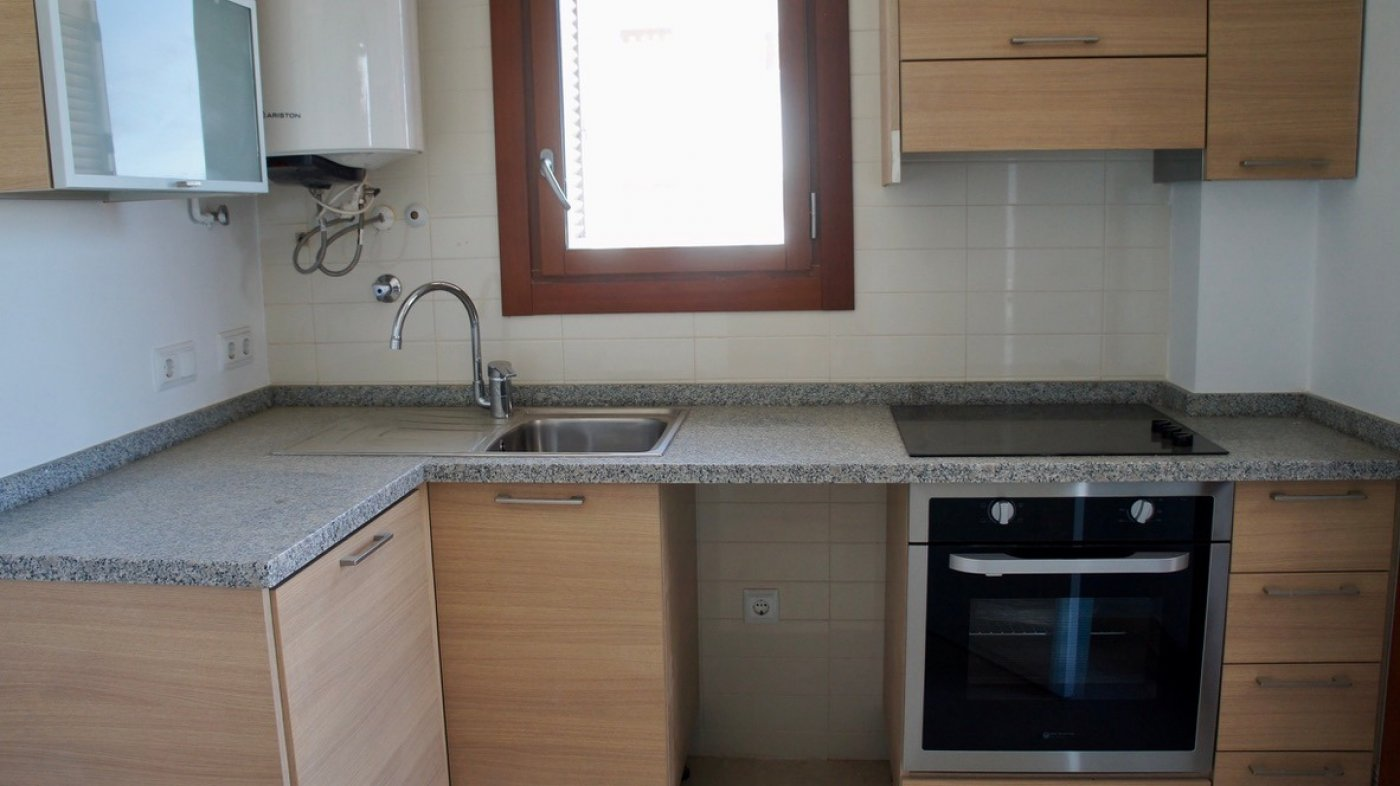 Gallery Image 8 of South facing golf and pool views, 2 bed, 1 bath low community fees.