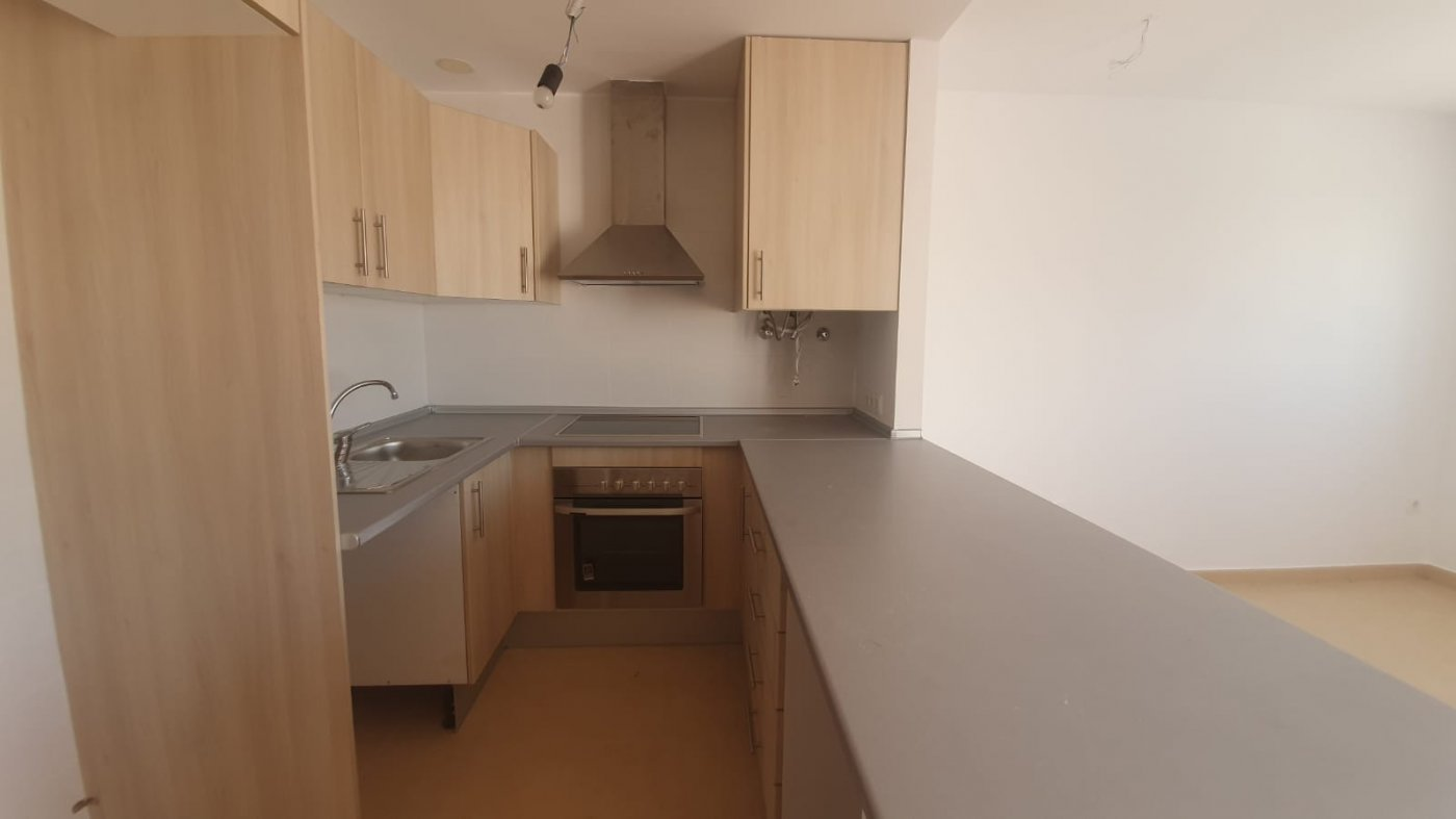 Gallery Image 10 of YES ITS TRUE - BRAND NEW 2 BED APARTMENTS WITH ROOF TERRACE