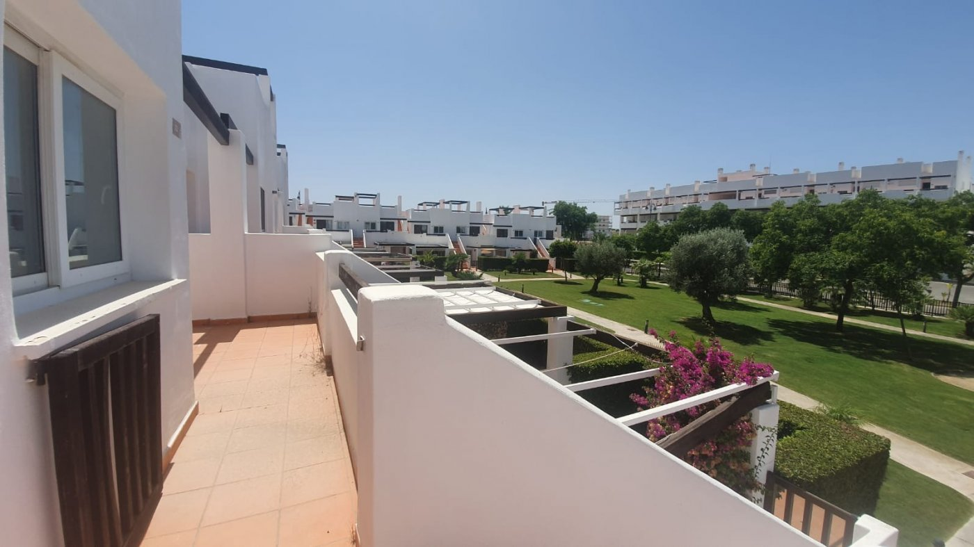 Gallery Image 3 of YES ITS TRUE - BRAND NEW 2 BED APARTMENTS WITH ROOF TERRACE