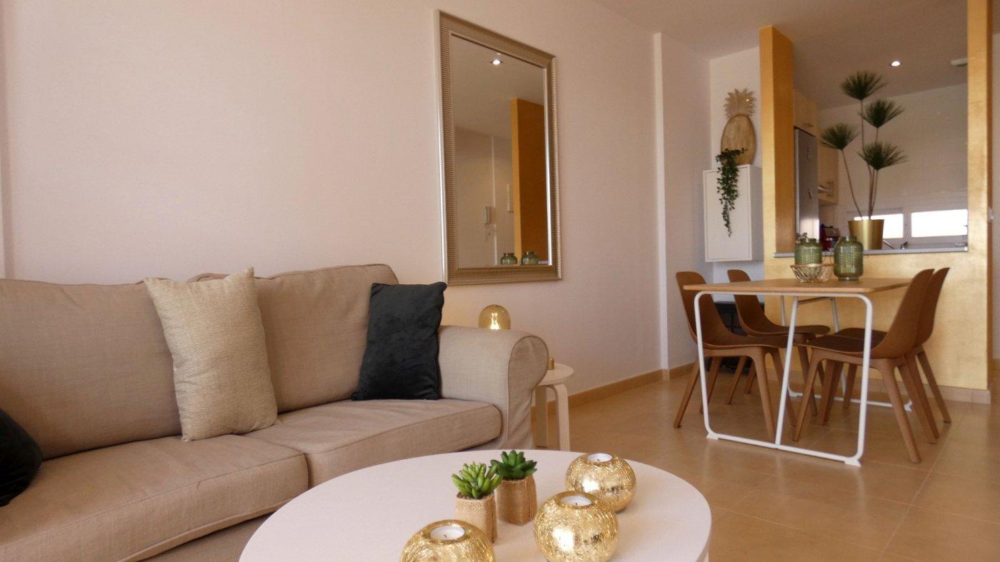 Imagen de la galería 1 of Precioso Apartamento 2 Dormitorios en La Isla del Condado