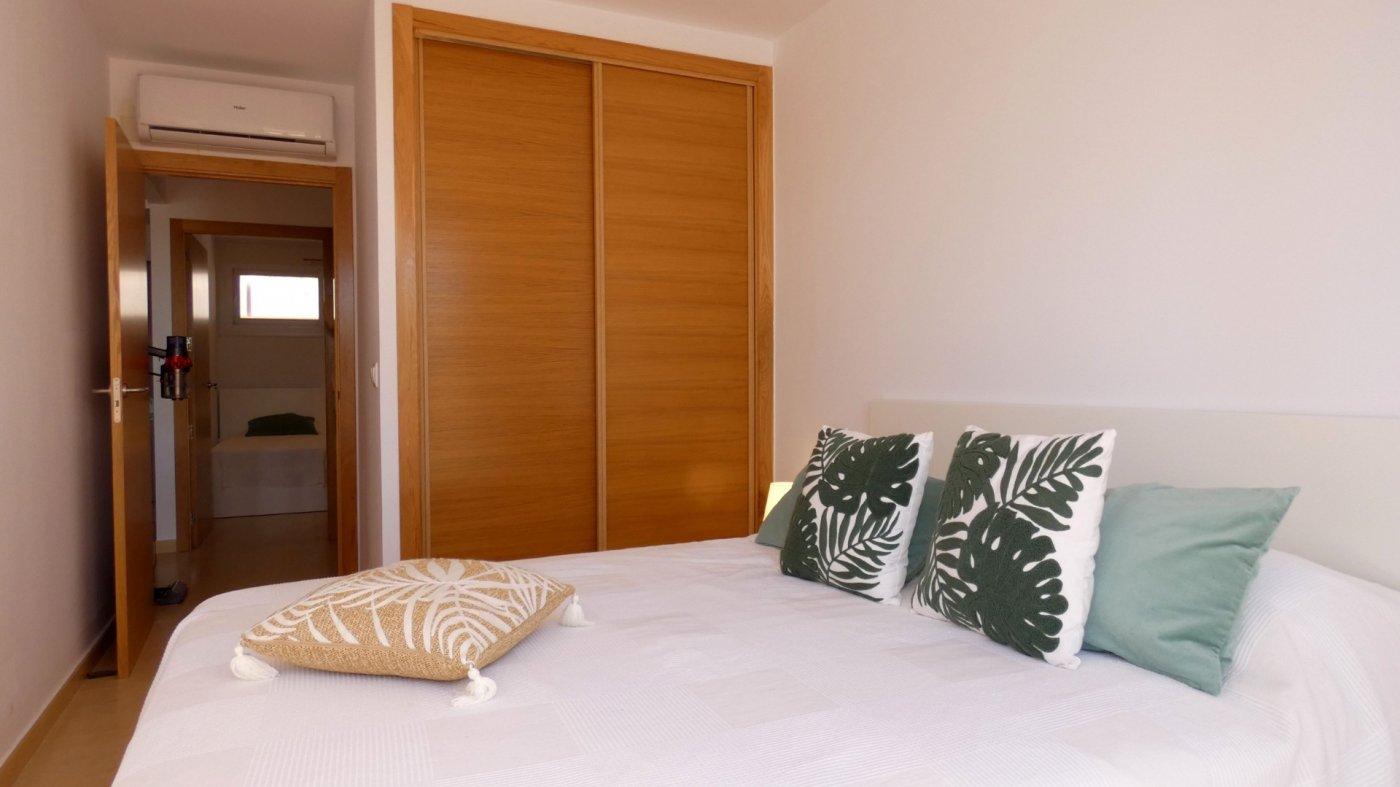 Imagen de la galería 4 of Precioso Apartamento 2 Dormitorios en La Isla del Condado