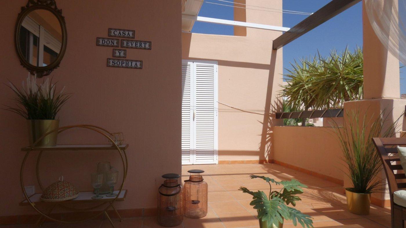 Imagen de la galería 5 of Precioso Apartamento 2 Dormitorios en La Isla del Condado