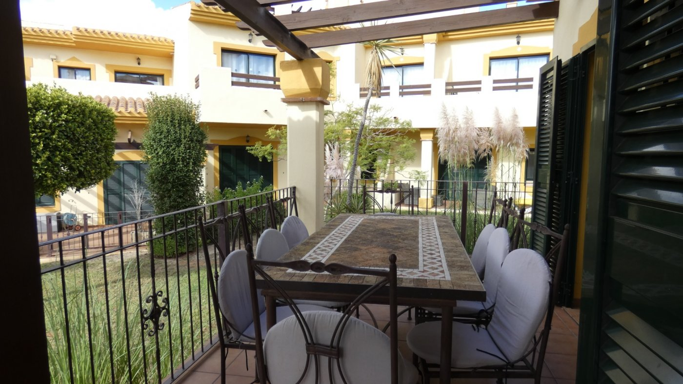 Gallery Image 19 of Villa For rent in Hacienda Del Golf, La Manga Club With Pool