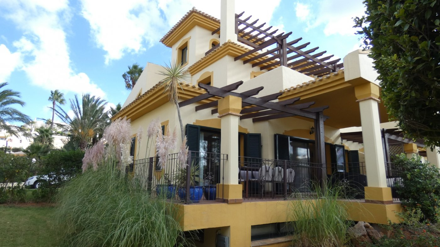 Gallery Image 4 of Villa For rent in Hacienda Del Golf, La Manga Club With Pool