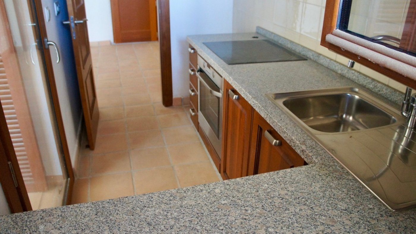 2 Bedroom, 1 Bathroom Apartamento in {