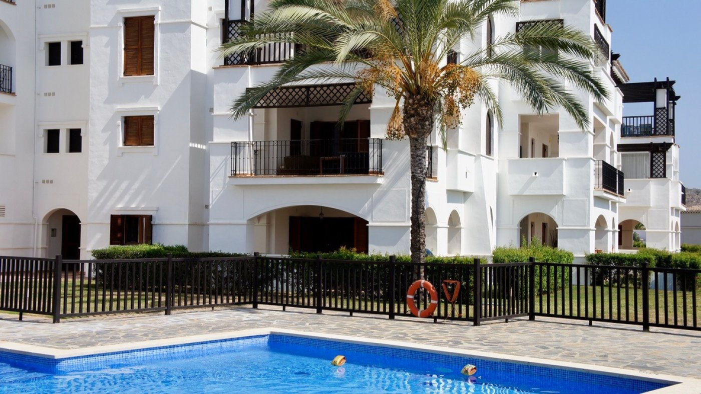 Gallery Image 1 of 2 bed garden apartment with a lot of opportunities, close to pool 40 m2 covered terrace