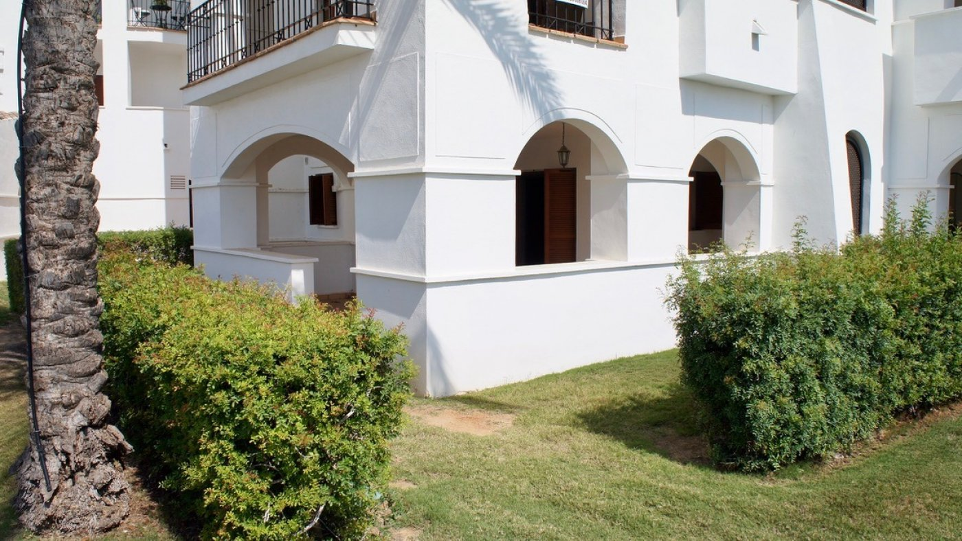 Gallery Image 6 of 2 bed garden apartment with a lot of opportunities, close to pool 40 m2 covered terrace