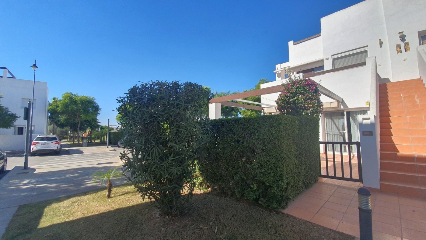 Gallery Image 22 of South facing 3 bedroom ground floor apartment on a corner plot in Jardin 2