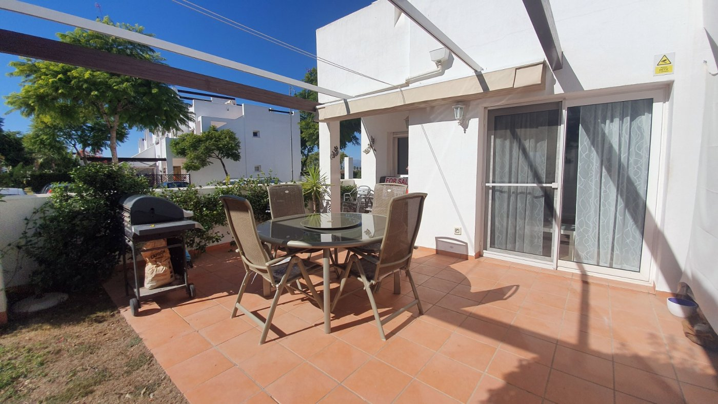 Gallery Image 2 of South facing 3 bedroom ground floor apartment on a corner plot in Jardin 2