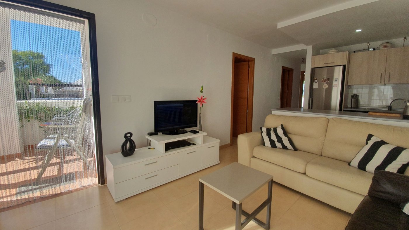 Gallery Image 3 of South facing 3 bedroom ground floor apartment on a corner plot in Jardin 2