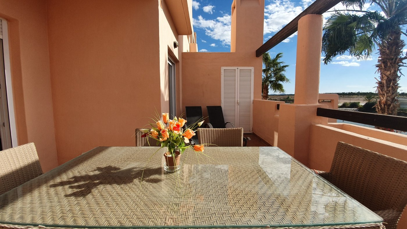 Gallery Image 10 of LOOKING FOR QUICK SALE. Beautiful South-West facing corner 2 bed apartment in La Isla