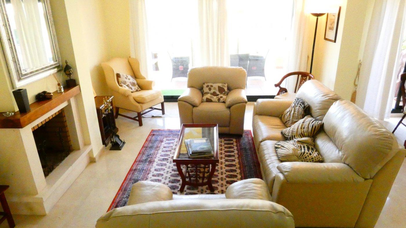 Gallery Image 10 of Villa For rent in Hacienda Del Golf, La Manga Club With Pool