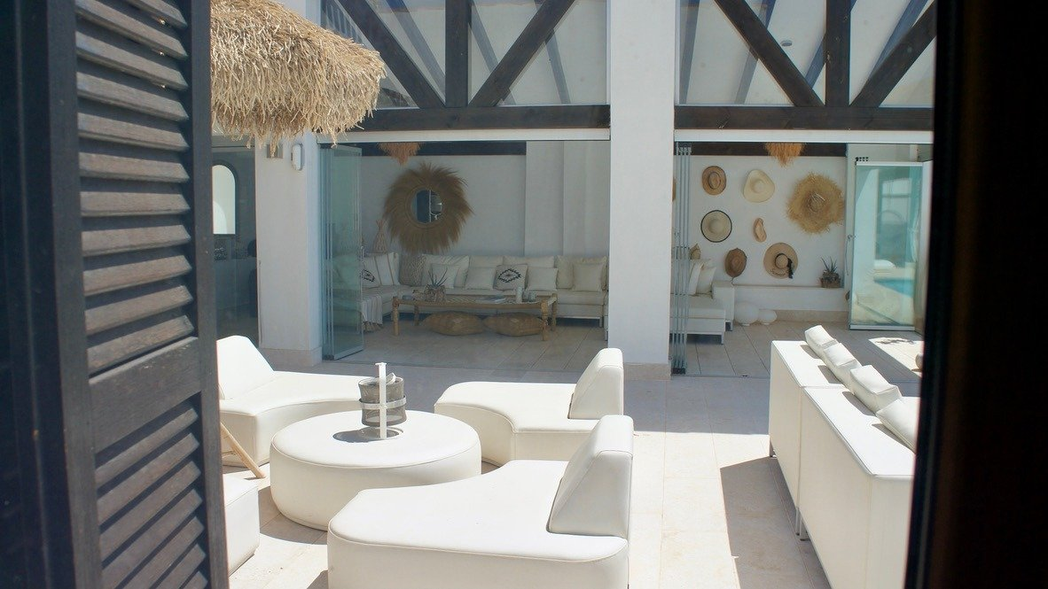 Gallery Image 24 of Luxurious sunny frontline villa with fantastic views and private pool on El Valle Golf Resort