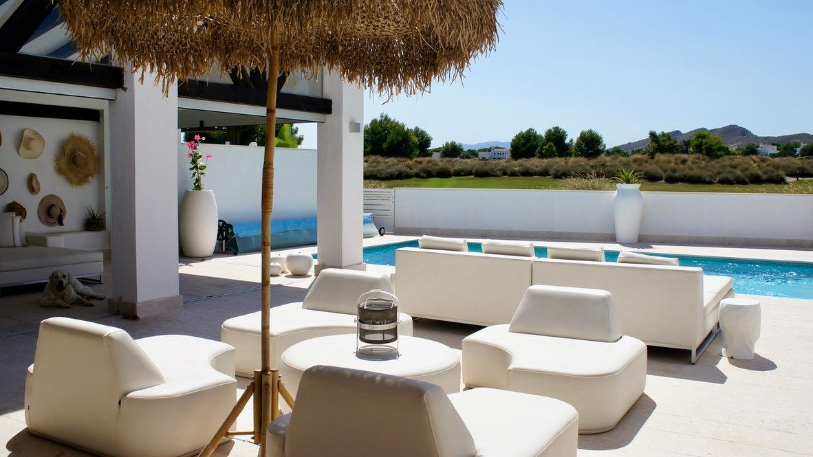 Gallery Image 30 of Luxurious sunny frontline villa with fantastic views and private pool on El Valle Golf Resort