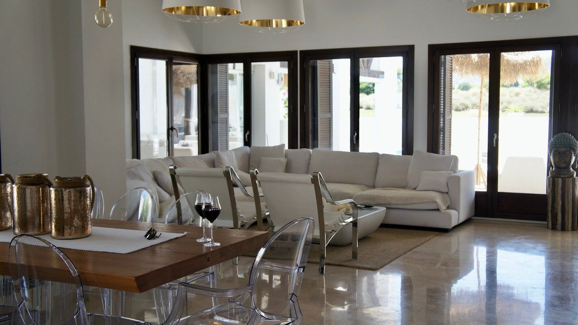 Gallery Image 7 of Luxurious sunny frontline villa with fantastic views and private pool on El Valle Golf Resort