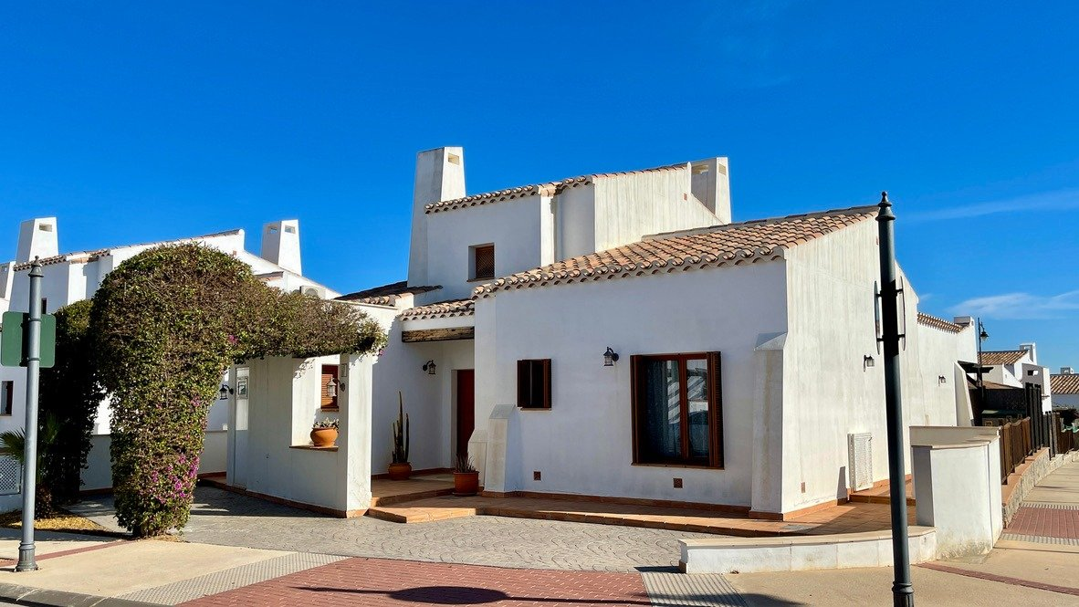 Gallery Image 1 of Nice south facing 3 bed corner villa with private pool on El Valle Golf Resort